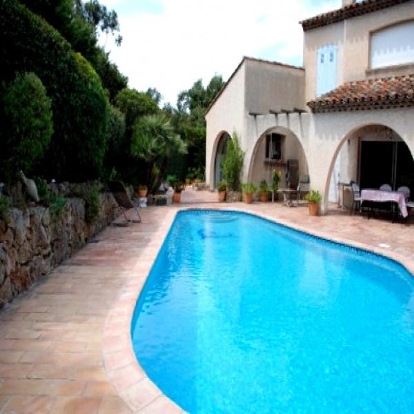 Offres de vente Villa Saint-Raphaël 83700